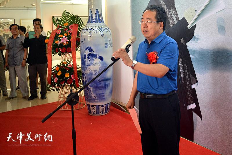 晋中市文学艺术界联合会主席郝启康致辞。