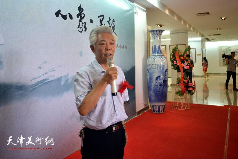 山西省美术家协会副主席、太原画院院长董智敏