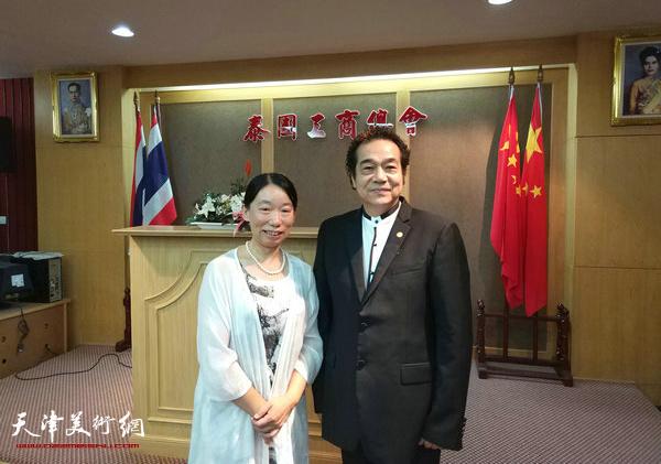 与泰国万基置业集团董事长李荣先生在泰国工商总会