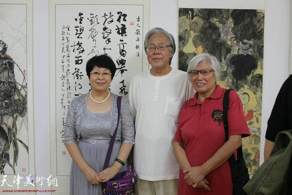 爱新觉罗·梦玉、陈冬至、刘春雨在开幕式现场