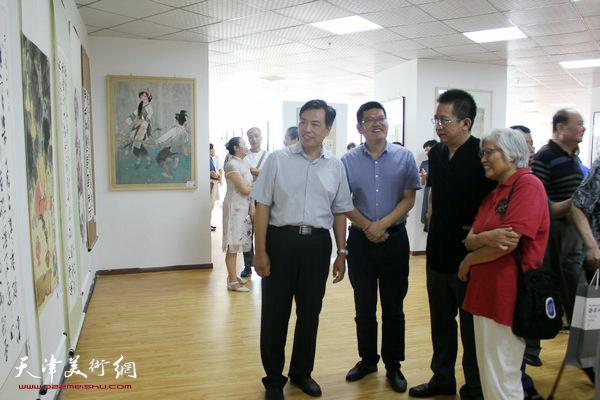 左起:李耀进、董林、李毅峰、刘春雨