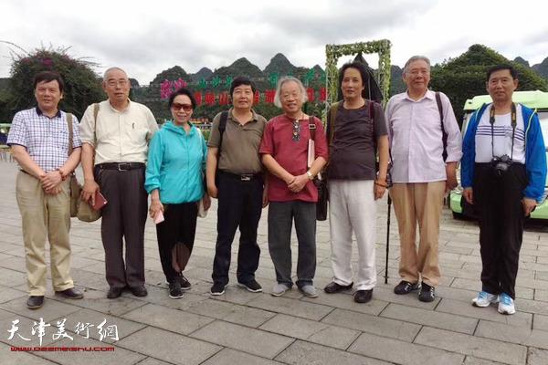 天津画家到贵州写生