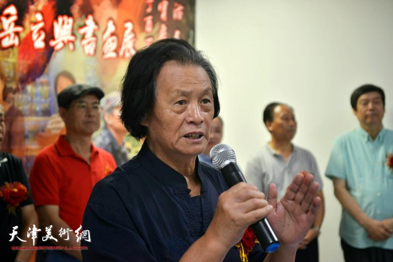 红楼梦诗书画院院长、辽宁国画院副院长衣惠春致辞
