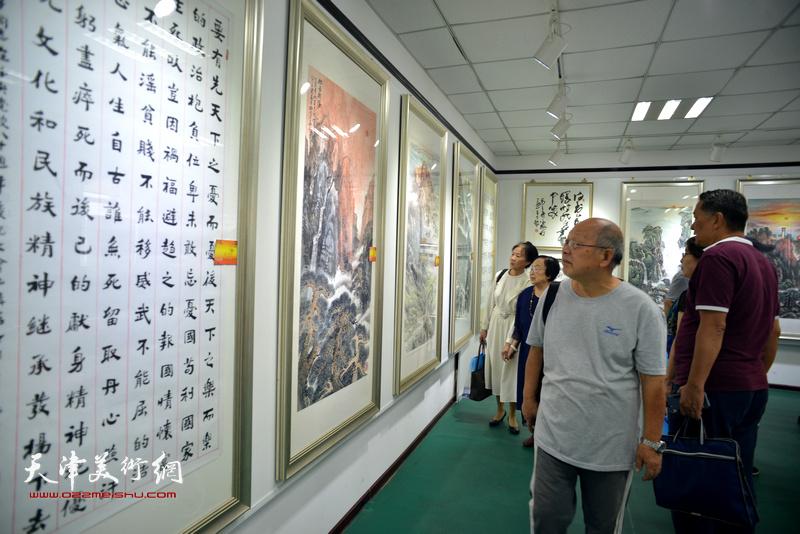 喜迎党的十九大书画作品展