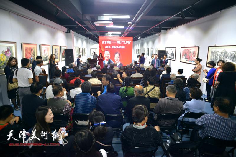 """沽水双松-津门""""九零后""""赵兵凯、张锡武作品展昨天(10月2日)在天津美术网艺术馆开幕。"""