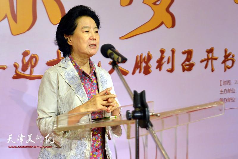 市级老同志、天津市慈善协会会长曹秀荣致辞。