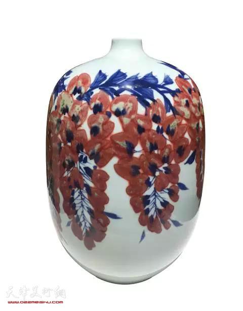 何炳钦作品:春韵瓷瓶