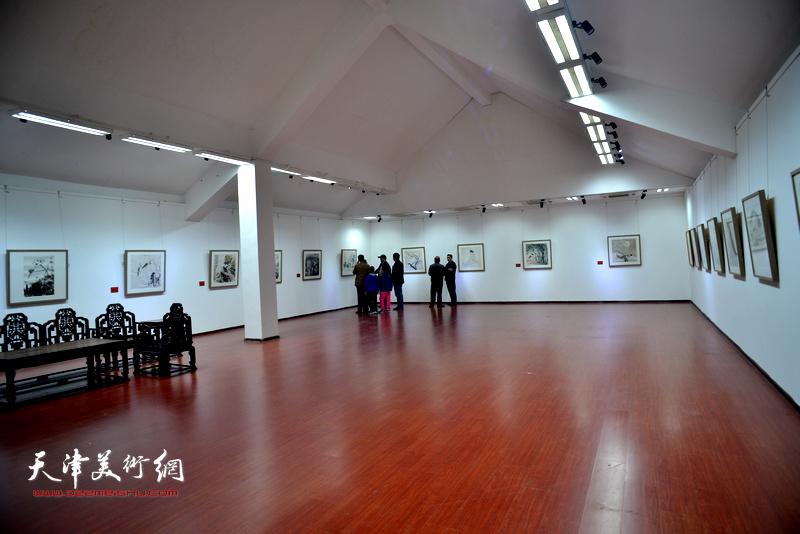 """""""喜迎十九大、共筑中国梦——当代中国画名家邀请展""""现场。"""