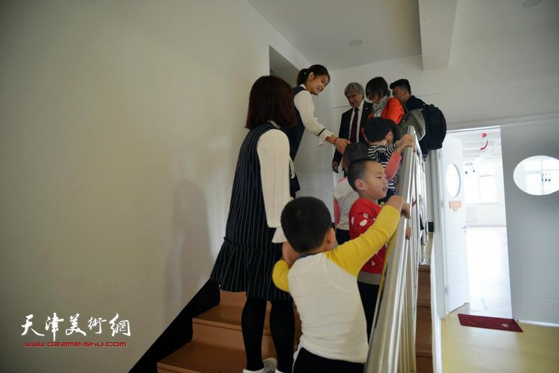 马格德堡市副市长尼采德到访天美国际艺术幼儿园