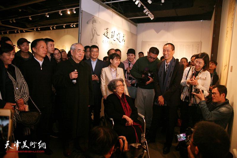 荷生刘波2018最新博彩白菜大全展
