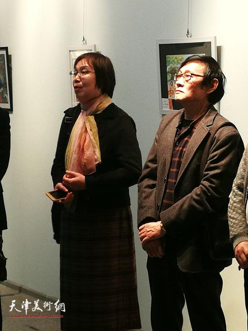 艺委会副主任王玲在展览开幕式上讲话