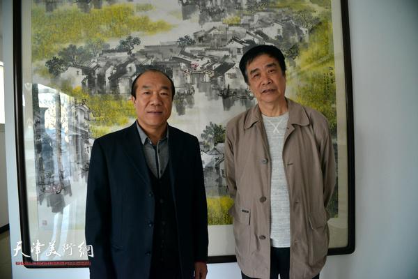 著名书法家王树秋做客天津美术网