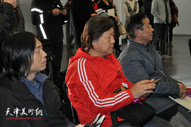 姜中立、郝青松在开幕仪式现场。