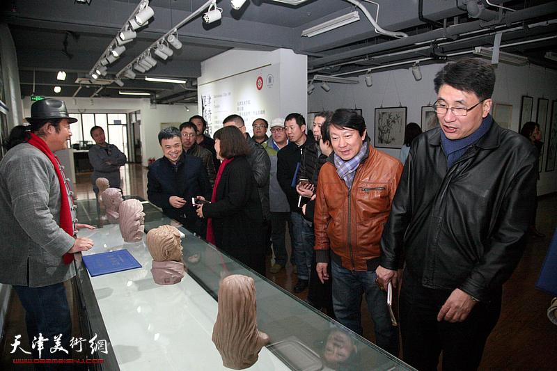 """中国非遗传承人研培计划-天津美院""""泥塑""""培训班结业"""