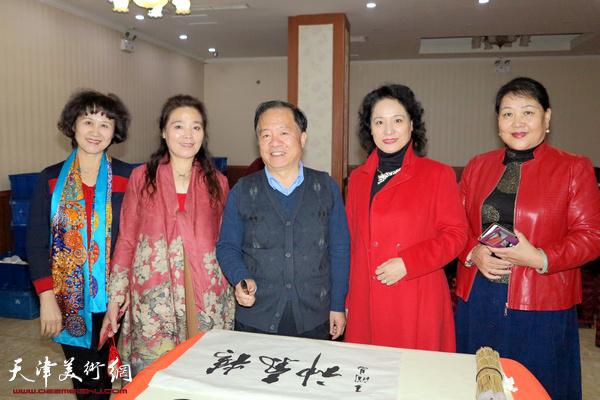 王润昌、赵满云、杨丽玲、张文玲在活动现场