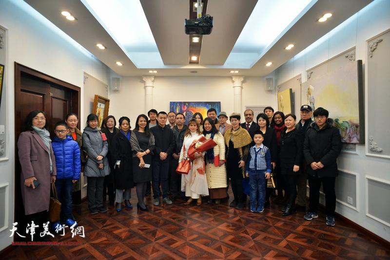 """""""旅行者""""那文丽美术作品展11月25日在重庆道纳斯卡-理念空间举行"""