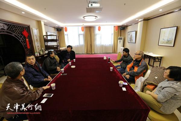天津市政协水彩画艺术研究院11月25日召开院长办公会。
