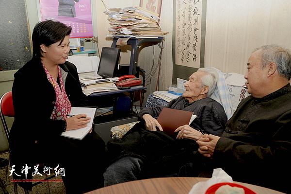 王焕墉先生与弟子刘红拜访中国红学家、古典文学研究家、诗人、书法家周汝昌先生。
