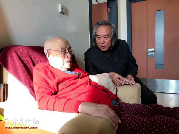 著名画家霍春阳新年前夕看望恩师孙其峰。