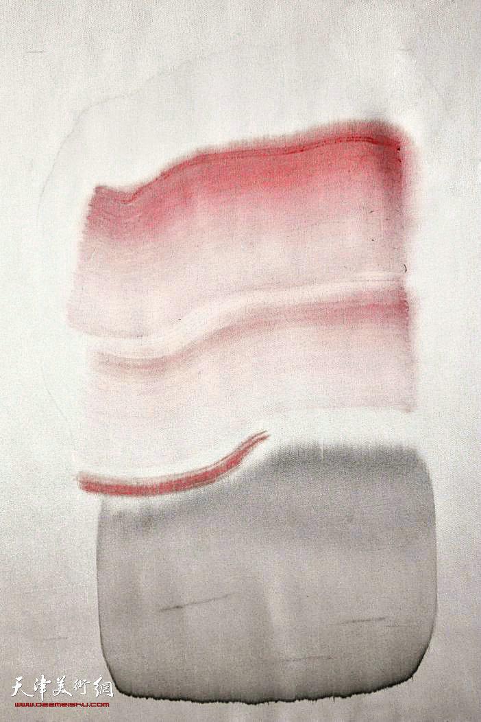 《囡》48x52cm  2013 绢本水墨及综合材料