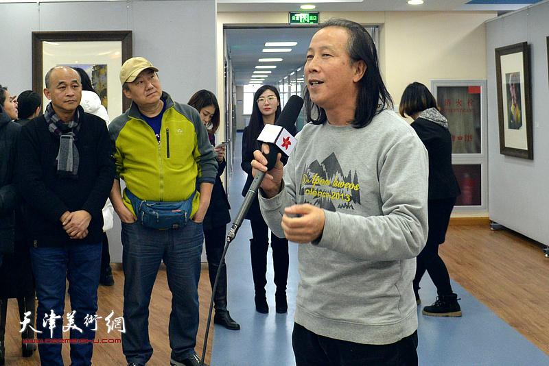 天津美术学院教授、天津市河北区美术家协会主席周世麟致辞