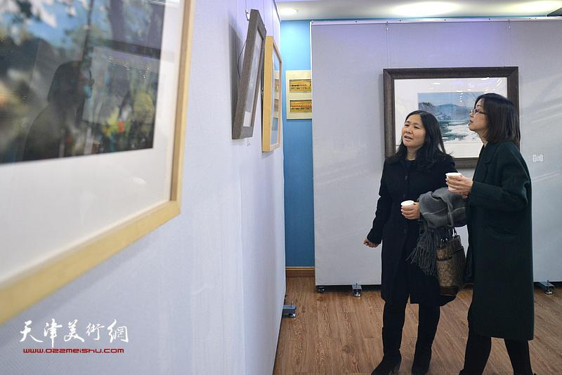 """滑寒冰水彩画精品展第一回""""写生印记""""1月10日在颐和艺述空间开幕。"""