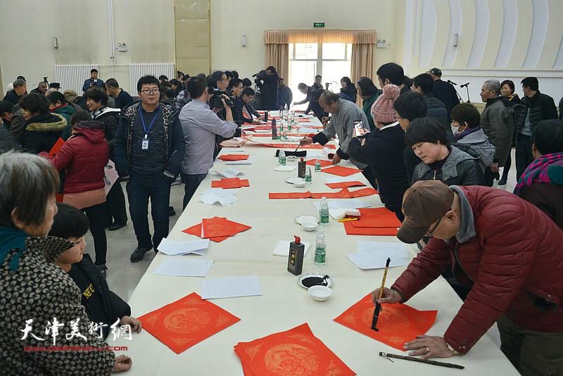 到人民中去-天津画院、宝坻书画院艺术家文化下乡活动