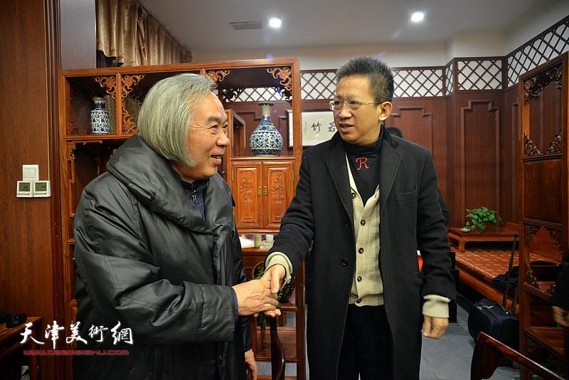 霍春阳、李毅峰在活动现场。