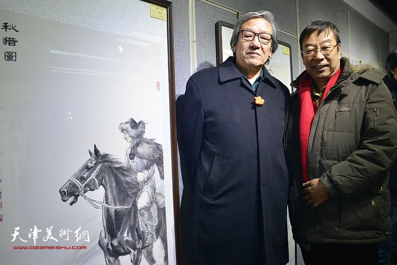 王家斌、时景林在画展现场。