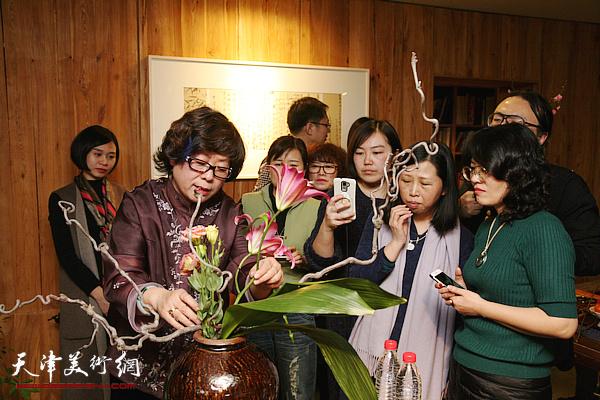 著名花艺师刘冬梅做客竹间书院