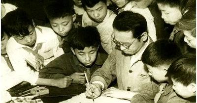 著名花鸟画家、美术教育家萧朗先生的艺术人生