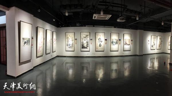 戊戌贺岁——天津画院迎春美术作品展场馆一瞥。