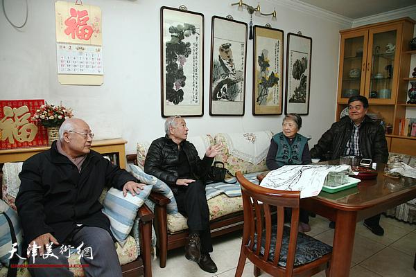 """""""守研庐""""门人春节雅聚忆恩师梁崎"""