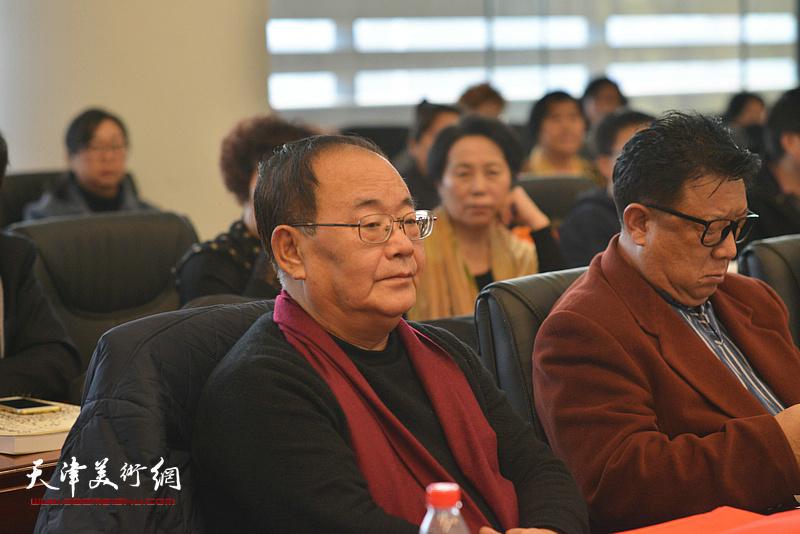 孙季康在孙其峰先生书画艺术学术研讨会现场。