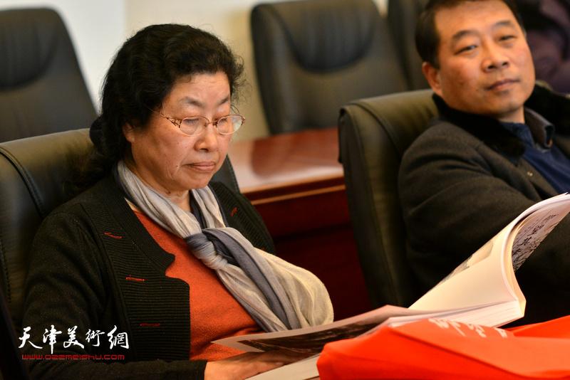 张永敬在孙其峰先生书画艺术学术研讨会现场。