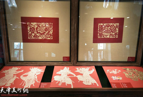 """水香州书院的""""2018喜迎新春老窗花展""""。"""