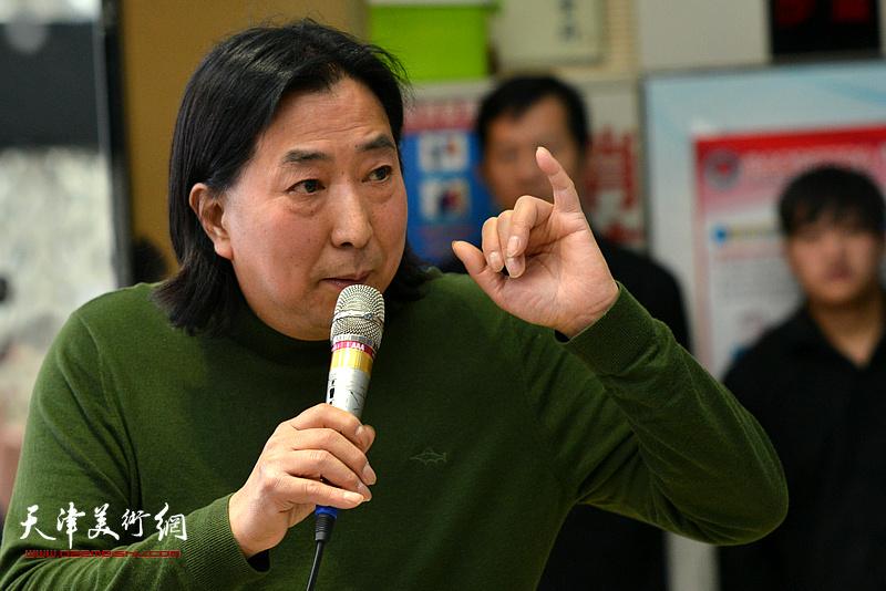 杨亦谦在边秉贵艺术追思会上发言。