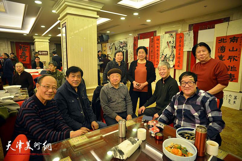 黄禄衡、况瑞峰、张运河、张永敬、许鸿茹、卢贵友、李学亮、张庶丰在活动现场。
