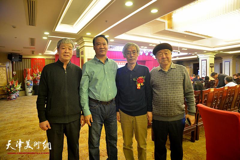 姚景卿与况瑞峰、马寒松、张庶丰在活动现场。