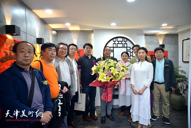 鲁群先生与观修文化创始人杨杰以及嘉宾李向群、邓英彪、卢智剑、任启正、孙国胜