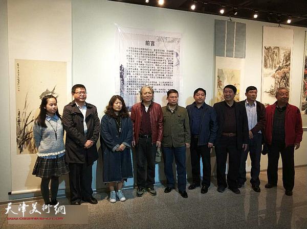 左起:曾玥、怀远、卢绯、周志才、董斌、胡开前、郭振发、刘国柱、刘汉源