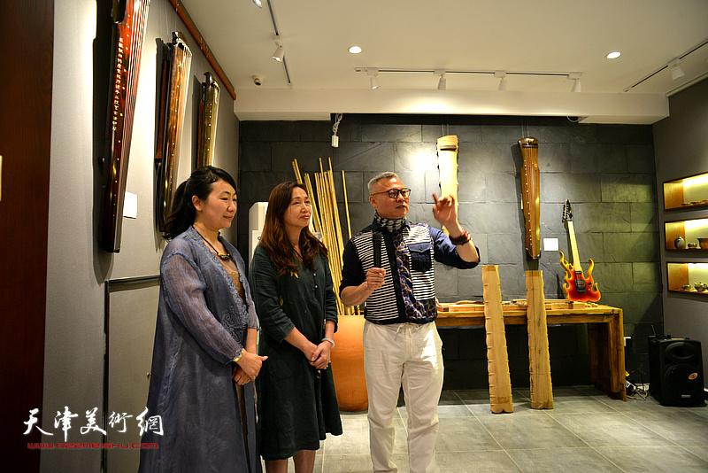 楚桐蜀丝话古琴·乐器张手工斫琴展演5月1日在十方雅集举办。