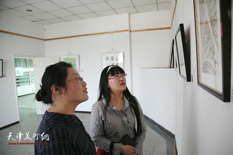 庆祝改革开放40周年暨五四青年节大学生优秀水彩作品展