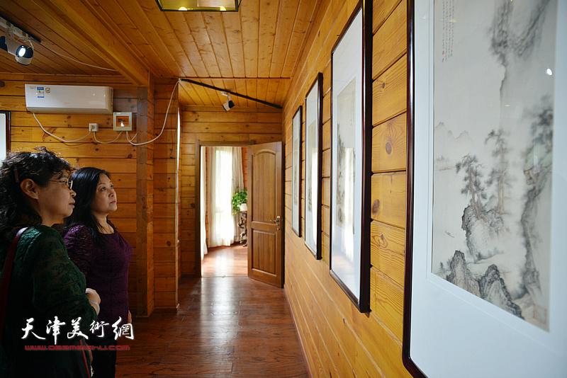 缪文杰40余幅精品书画作品亮相绿源生态园。