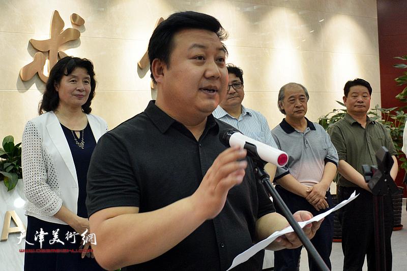 甘肃省文联副主席潘义奎致辞。