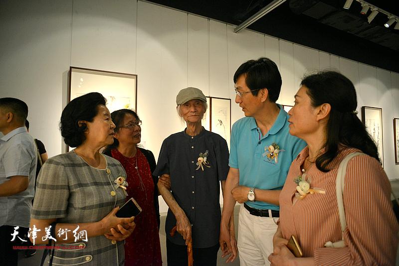 韩川野老蔡瑜中国画巡回展
