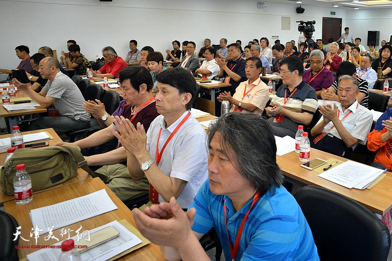 彭英科、王惠民、李根友、孙富泉在会议现场。