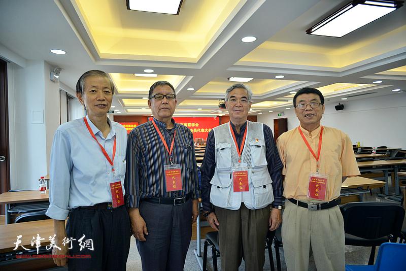 左起:赵同相、王庆普、张建国、李双林在会议现场。