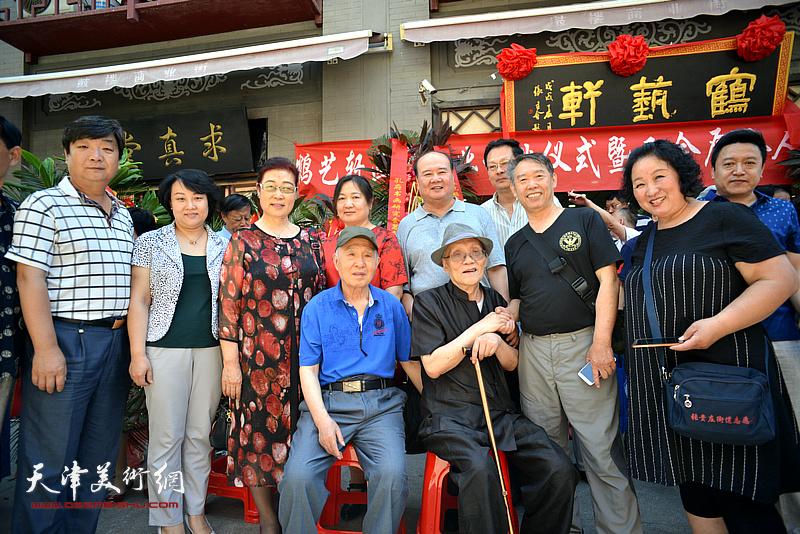 孙长康、孙贵璞、潘津生、王俊英、孙瑜、温洪琪、翟洪涛、陈秀玲等在活动现场。