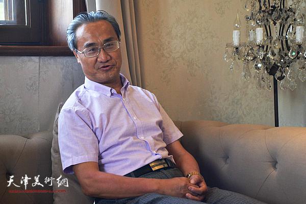 南开大学哲学院博士生导师薛富兴教授发言。